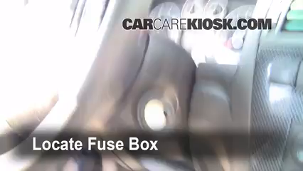 on where is the fuse box on 2006 ford fusion