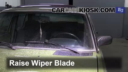 Front Wiper Blade Change Mercedes Benz 200d 1982 1985