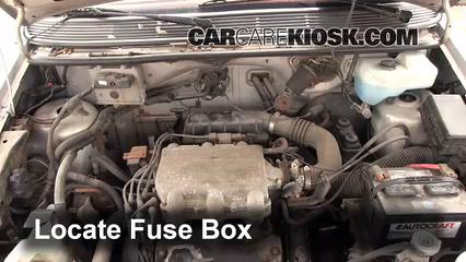 Replace a Fuse 19911995 Dodge Caravan 1994 Dodge Caravan 30L V6 – Dodge Caravan Fuse Diagram