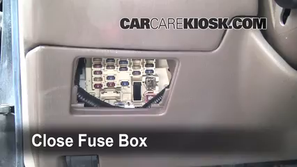 Toyota Camry Xle L V Ffuse Interior Part on toyota corolla fuse box location