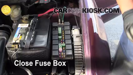 replace a fuse 1996 2000 chrysler grand voyager 2000 chrysler 6 replace cover secure the cover and test component