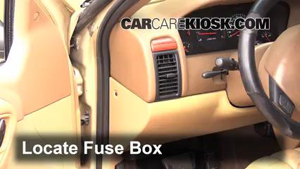 interior fuse box location 1999 2004 jeep grand cherokee 1999 interior fuse box location 1999 2004 jeep grand cherokee 1999 jeep grand cherokee limited 4 0l 6 cyl