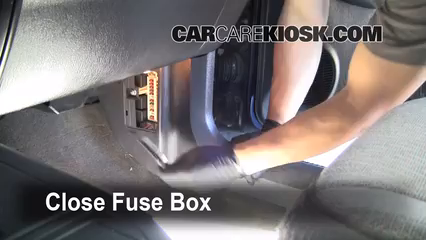 interior fuse box location 1997 2001 jeep cherokee 2000 1997 jeep wrangler alternator diagram