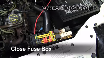 replace a fuse: 2000-2007 ford taurus - 2002 ford taurus ... 2002 taurus se fuse box location 2002 ford taurus se fuse box diagram