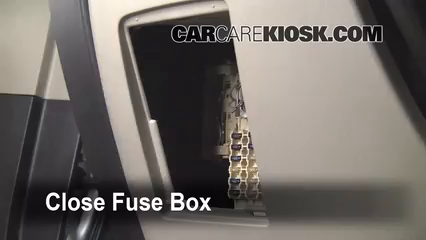 Toyota Highlander Limited L V Ffuse Interior Part on 2001 Toyota Corolla Fuse Box Location