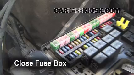 Fuse Engine Part on 1993 Dodge Dakota Hood