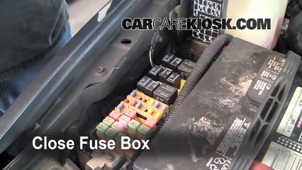 replace a fuse 1999 2004 jeep grand cherokee 2002 jeep grand 2002 Jeep Grand Cherokee 4 0 Fuse Box Diagram 6 replace cover secure the cover and test component 2002 Jeep Fuse Panel