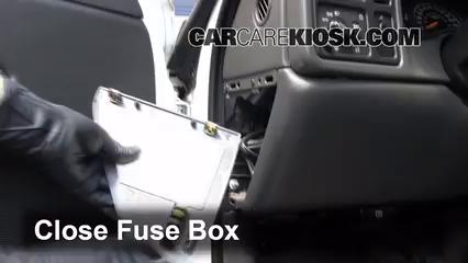 Interior Fuse Box Location 1999 2007 Chevrolet Silverado
