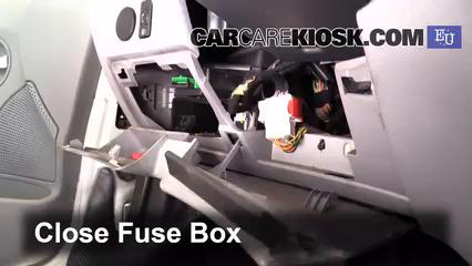 Ubicaci n de caja de fusibles interior en Citroen C3 2002