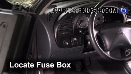 Interior Fuse Box Location 2001 2006 Citroen Xsara 2005