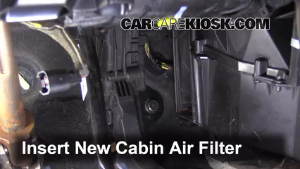 Cabin Filter Replacement: Volvo S40 2004-2011 - 2005 Volvo S40 i 2.4L 5 Cyl.
