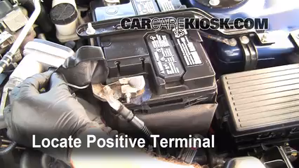 How To Jumpstart A 2006 2010 Lincoln Mkz 2010 Lincoln