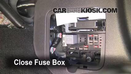 2000 ford mustang fuse box layout interior fuse box location 2005 2009 ford mustang 2006 2000 ford taurus fuse box layout #10