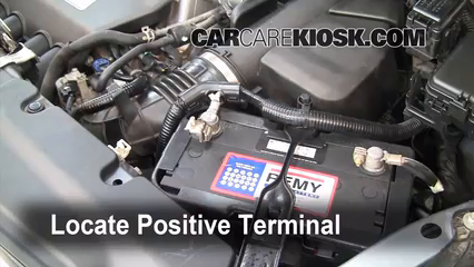 How to Jumpstart a 2002-2006 Honda CR-V - 2006 Honda CR-V SE 2.4L 4 Cyl.