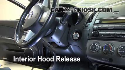 Nissan Altima Se L V Fopen Hood on 2002 Altima Fuse Box Diagram