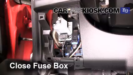 interior fuse box location 2005 2011 fiat grande punto. Black Bedroom Furniture Sets. Home Design Ideas