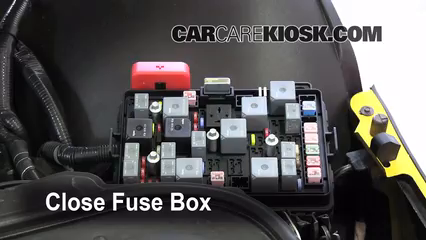 replace a fuse 2006 2009 pontiac solstice 2007 pontiac. Black Bedroom Furniture Sets. Home Design Ideas