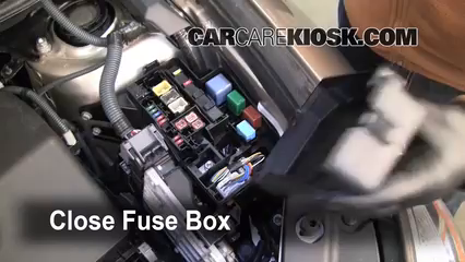 Toyota Rav L Cyl Ffuse Engine Part on 2005 Toyota Corolla Fuse Box Location