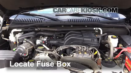 replace a fuse: 2007-2010 ford explorer sport trac - 2008 ... 2008 ford explorer sport trac fuse box location 2005 ford explorer sport trac fuse box