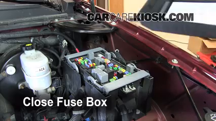 replace a fuse 2007 2013 gmc yukon 2008 gmc yukon denali 6 2l v8 6 replace cover secure the cover and test component