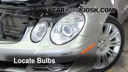 Parking light change 2003 2009 mercedes benz e350 2008 for Mercedes benz light bulb replacement