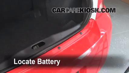 Chevrolet Cobalt Lt L Cyl Sedan Door Fbattery Locate Part on 2010 Cobalt Battery Location