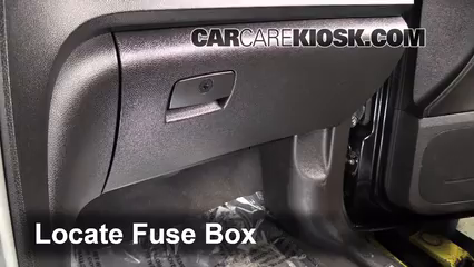 Replace further  in addition Watch moreover Replace together with T1643747 Dome light dosent work dioed needs. on fuse box cover for 2007 chevy equinox