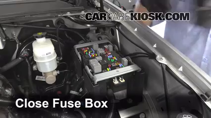 replace a fuse 2007 2013 chevrolet tahoe 2013 chevrolet 2008 chevy avalanche fuse diagram