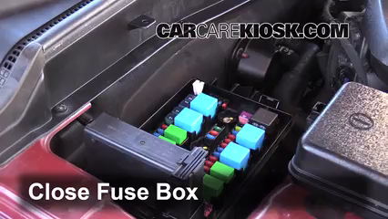 replace a fuse 2009 2014 hyundai genesis 2013 hyundai genesis 6 replace cover secure the cover and test component