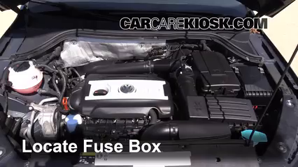 replace a fuse 2009 2016 volkswagen tiguan 2013 volkswagen replace a fuse 2009 2016 volkswagen tiguan 2013 volkswagen tiguan s 2 0l 4 cyl turbo