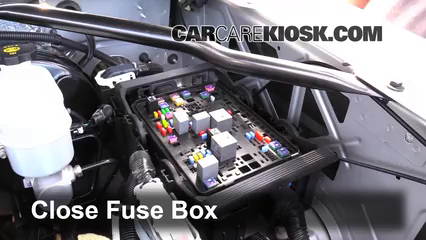 replace a fuse 2014 2016 gmc sierra 1500 2014 gmc sierra 1500 6 replace cover secure the cover and test component